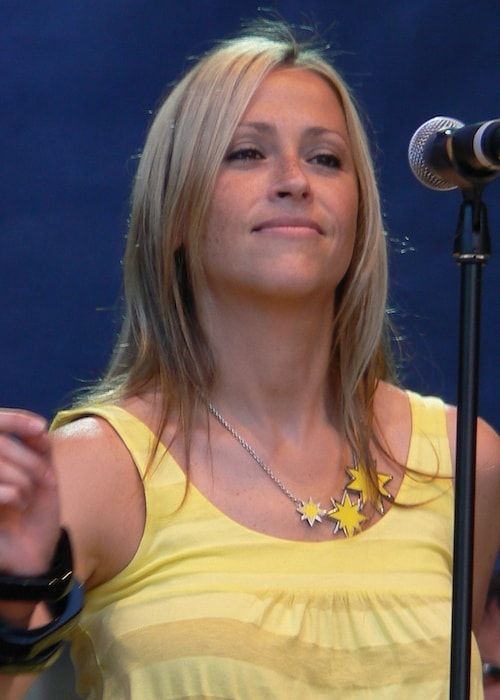 Nicole Appleton while performing as a member of All Saints in 2007