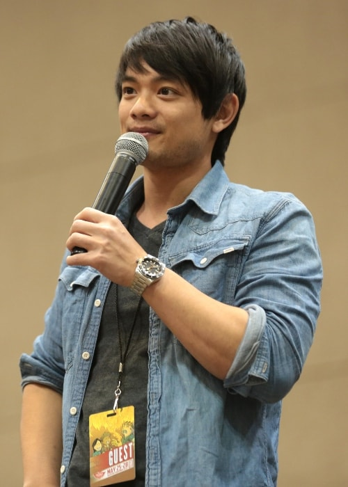 Osric Chau as seen at the 2017 Phoenix Comic-Con in Arizona
