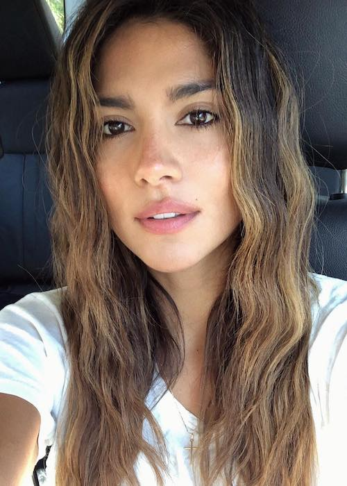 Pia Miller selfie after completing house work in May 2018