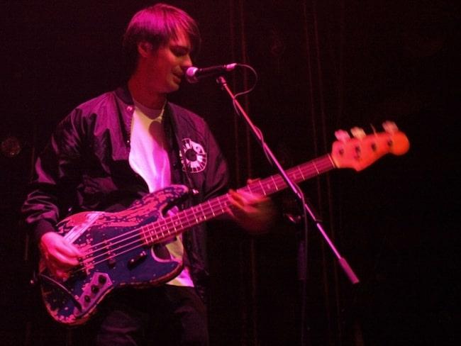 Sam Farrar while giving a performance in 2008