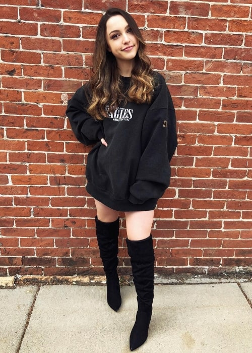 Sydney Serena as seen wearing a black over-sized hoodie and black knee-high boots in November 2017
