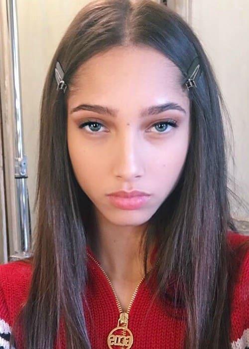 Yasmin Wijnaldum in an Instagram selfie as seen in March 2018