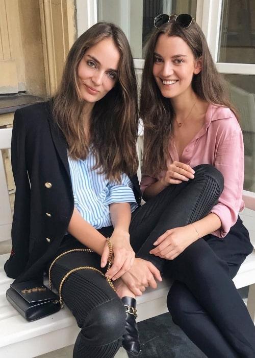 Zuzanna Bijoch (Left) with her sister Julia Bijoch in July 2018
