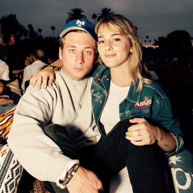 Addison Timlin with Jeremy Allen White in July 2017