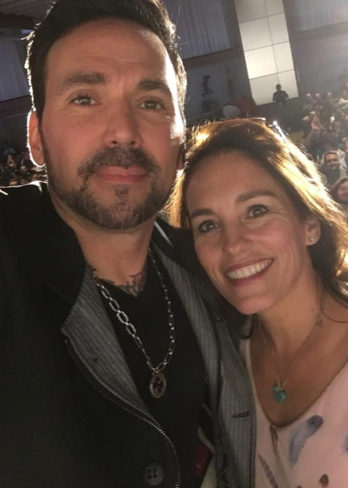 Amy Jo Johnson and Jason David Frank in a selfie in August 2018
