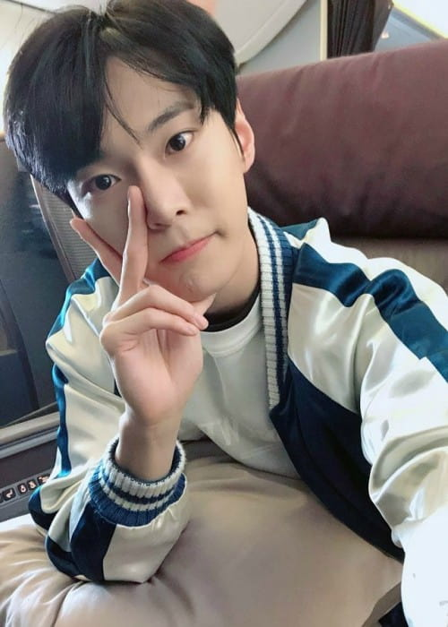 Doyoung in a selfie in 2018