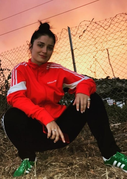 Eve Hewson in a tracksuit in August 2017