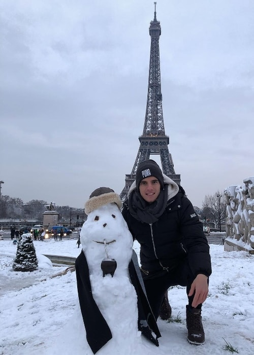 Giovani Lo Celso posing with a snowman in Paris in February 2018