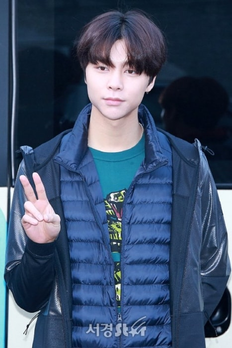 Johnny Nct Height Weight Age Body Statistics