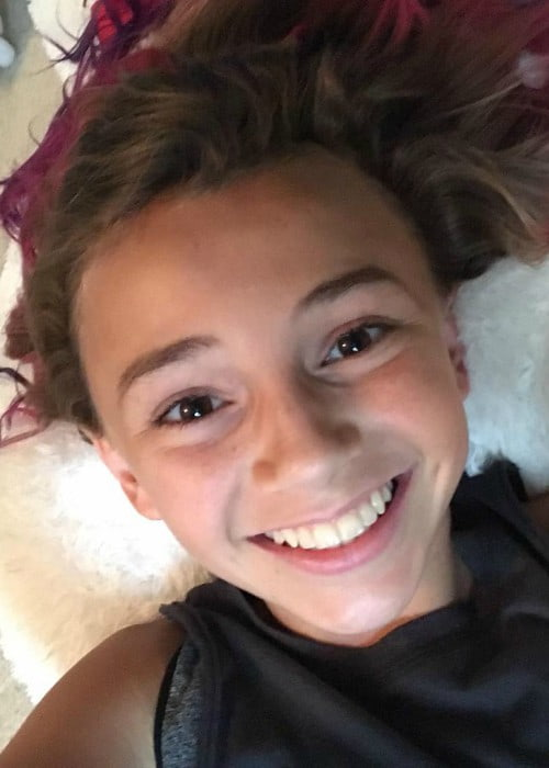 Kayla Davis in an Instagram selfie as seen in June 2017