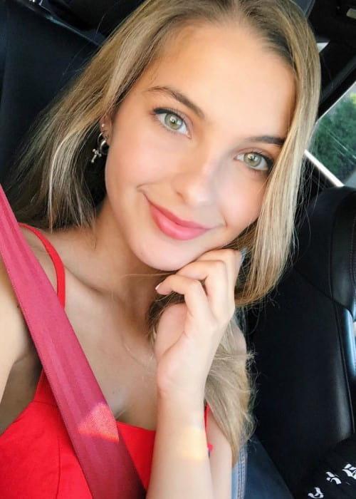 Lexi Rivera in an Instagram selfie as seen in September 2018