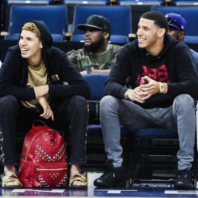 Lonzo Ball Right with younger brother LaMelo Ball in 2018
