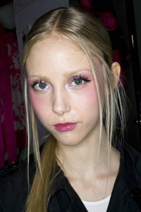 Model Simona McIntyre