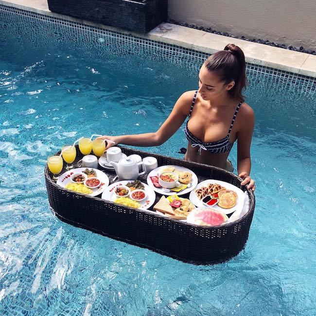 Monika Radulovic having breakfast in bed Bali style at Bali Cosy Villa in December 2017