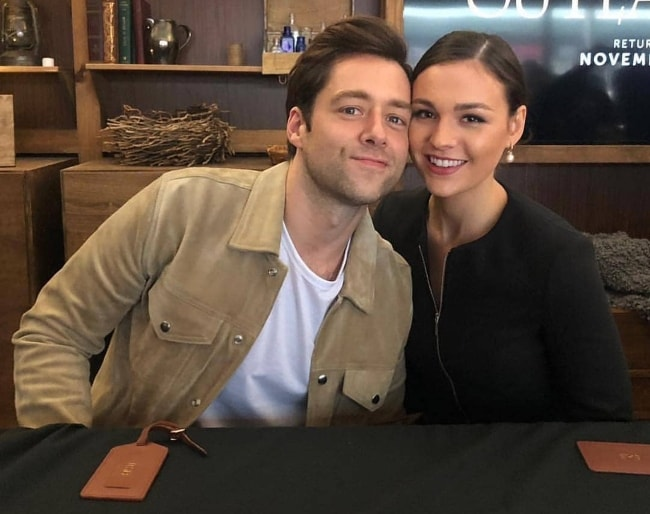 Richard Rankin as seen with Sophie Skelton