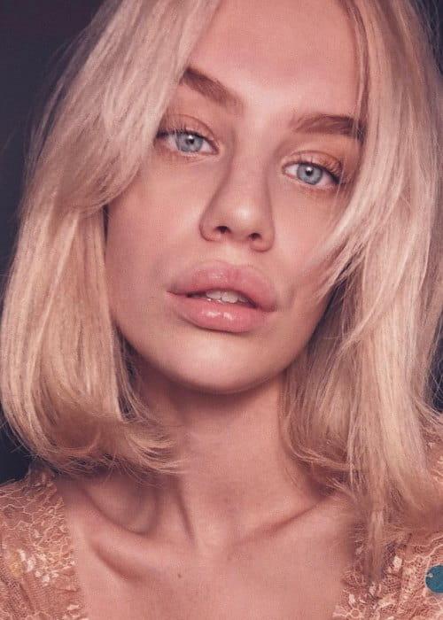 Agnes Hedengård in an Instagram selfie as seen in October 2018