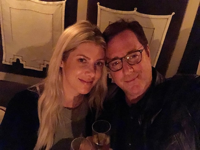 Bob Saget in a selfie with Kelly Rizzo in September 2018