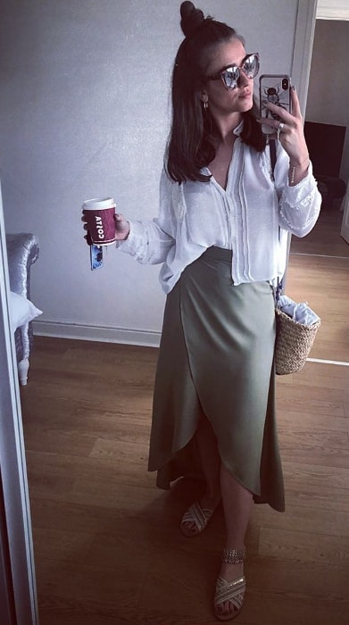 Brooke Vincent in a Sunday mirror selfie in May 2018