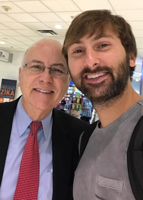 Dave Haywood in an airport-selfie with his dad in September 2017