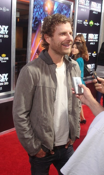 Dierks Bentley at the premiere of 'Kenny Chesney Summer in 3D' in April 2010