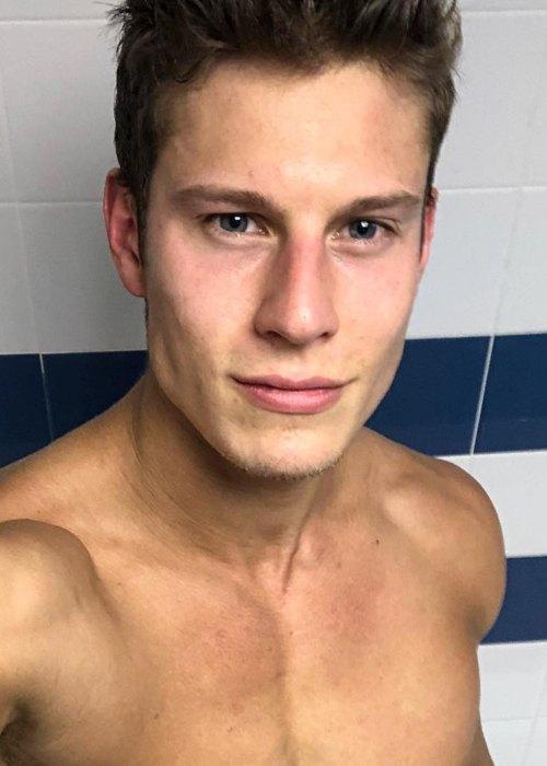 Eian Scully in an Instagram selfie as seen in October 2018