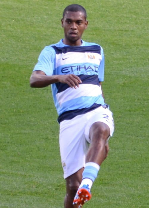 Fernandinho warming-up for a match in September 2013