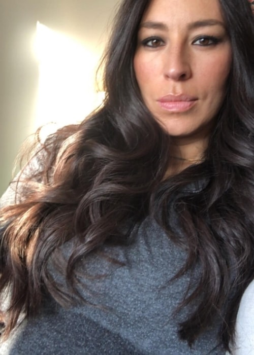 Joanna Gaines in a selfie in February 2018