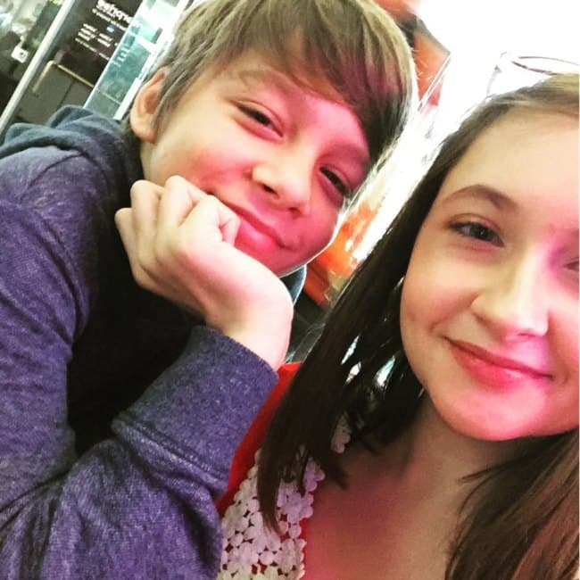 Jonah KittiesMama and Paige as seen in November 2016