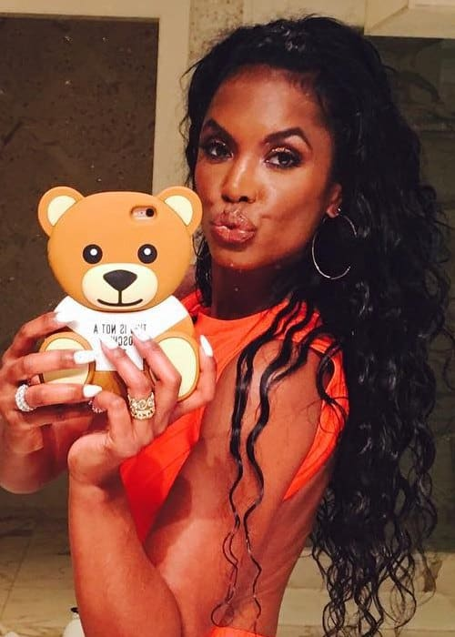 Kim Porter in a selfie in January 2016