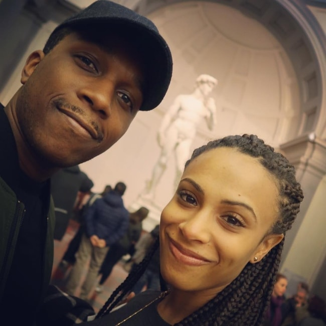 Leslie Odom Jr. in a selfie with Nicolette Robinson in December 2016