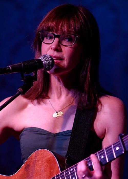 Lisa Loeb performing live at Saint Rocke in April 2015