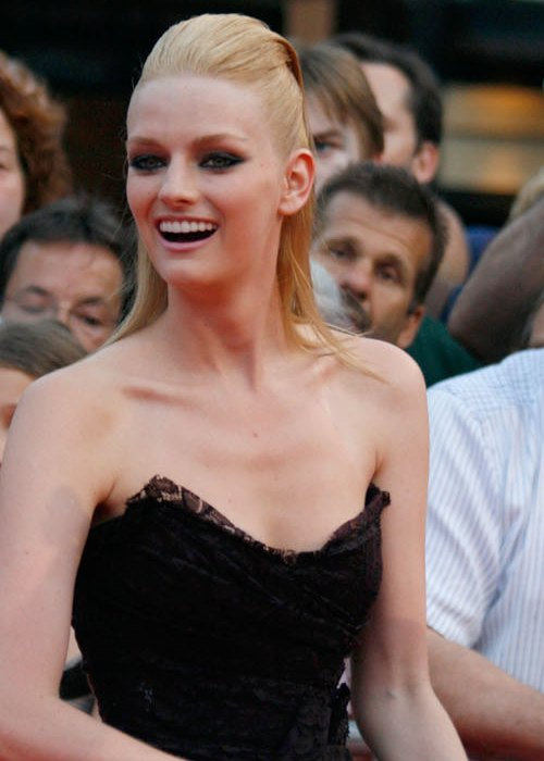 Lydia Hearst on the red carpet of the Life Ball in July 2010