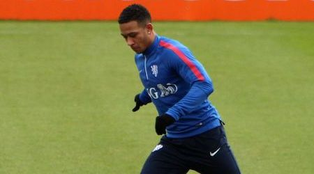 Memphis Depay Height, Weight, Age, Body Statistics