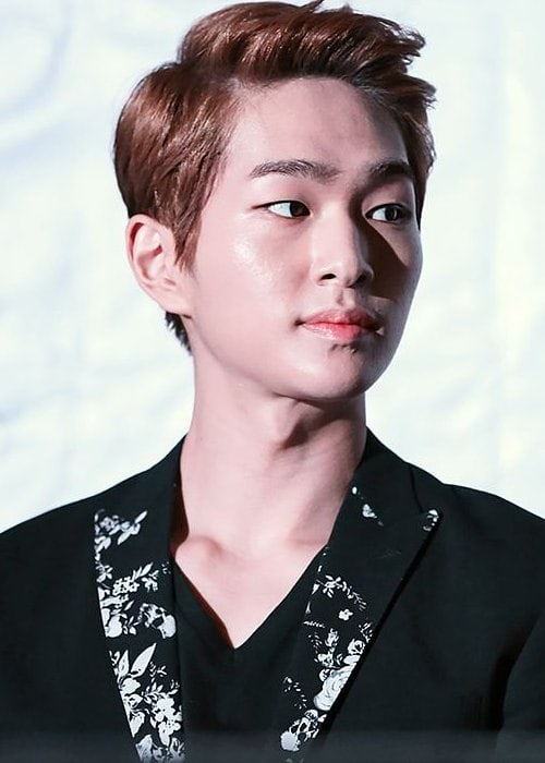 Onew at the K-Pop Republic Press Conference in September 2013