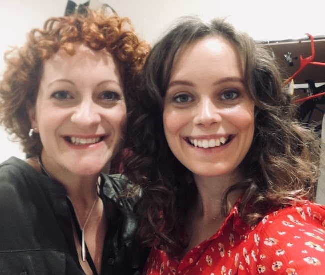 Sarah Middleton (Right) in a selfie with Rachel Dale in October 2018