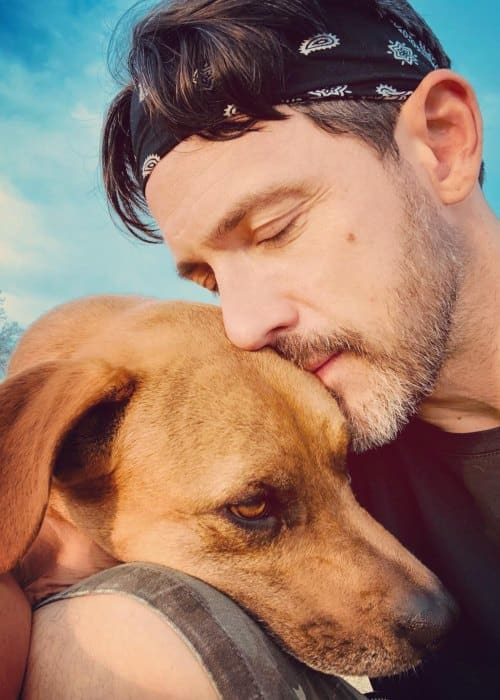 Steve Kazee in a selfie with his dog as seen in July 2018