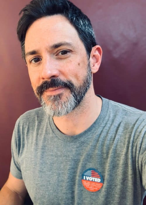 Steve Kazee in an Instagram selfie as seen in October 2018