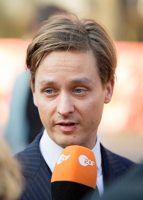 Tom Schilling presenting 'The Same Sky' at the Berlinale 2017