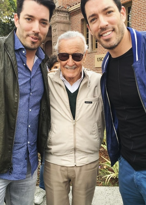Drew Scott with Stan Lee (Center) and Jonathan Silver Scott (Left)