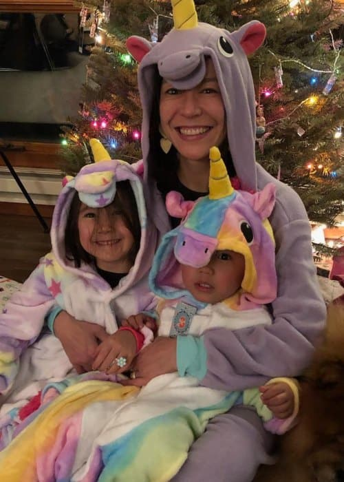 Elizabeth Chai Vasarhelyi with her kids as seen in December 2018