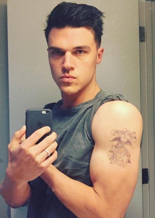 Finn Wittrock in a selfie as seen in February 2018