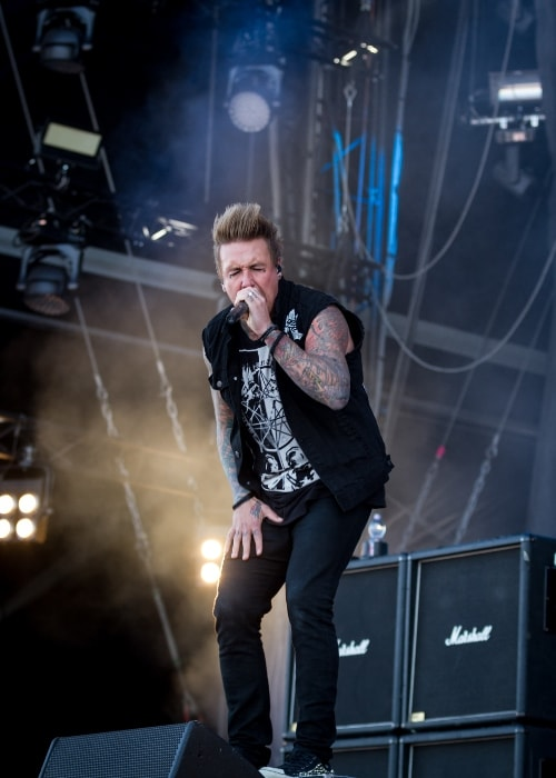 Jacoby Shaddix of Papa Roach performing at Rock am Ring 2015
