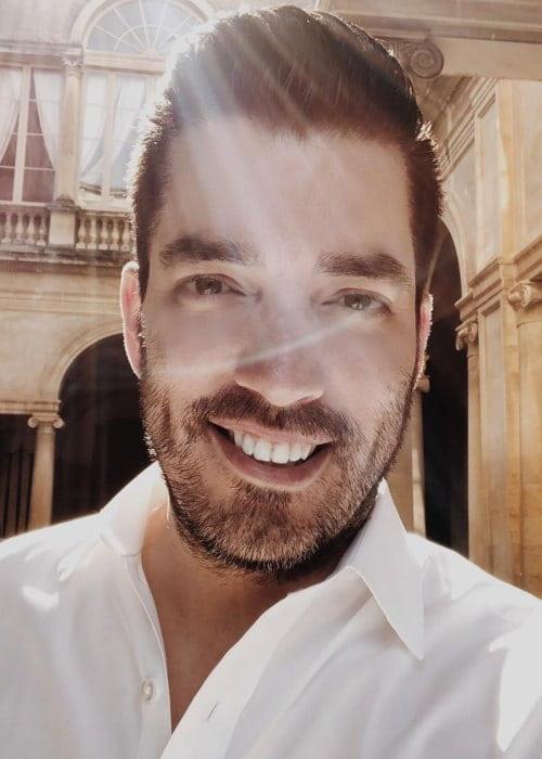 Jonathan Scott in an Instagram selfie as seen in May 2018