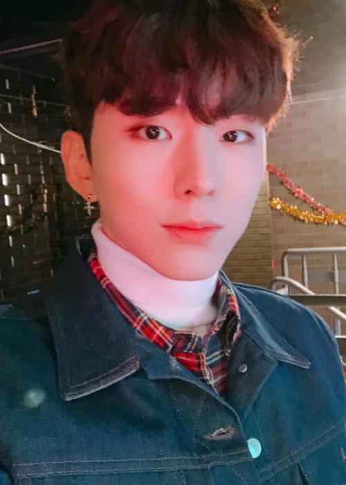 Kihyun in a selfie as seen in December 2018