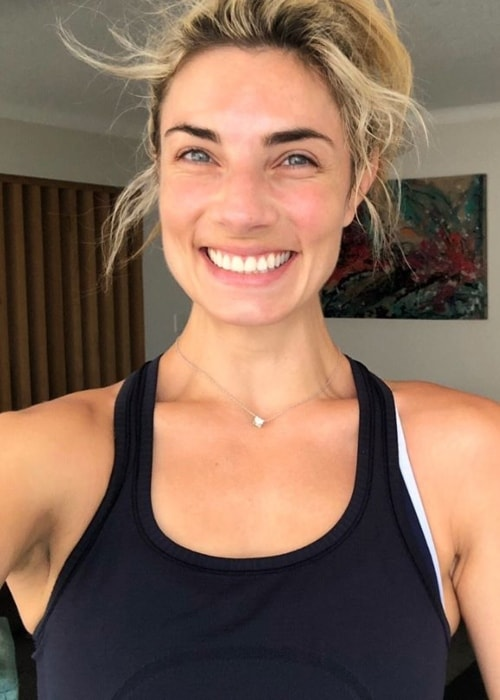 Lauren Hannaford in a post-workout selfie in December 2018