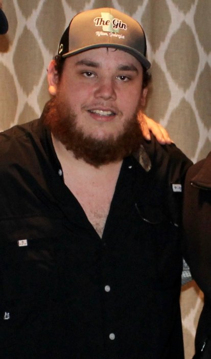 Luke Combs before a show in Athens in February 2016