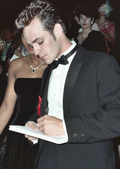 Luke Perry at the 1991 Emmy Awards