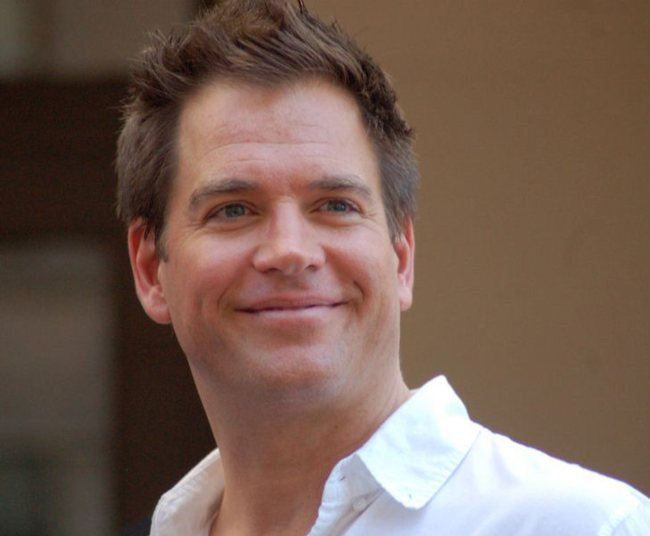 Michael Weatherly at a ceremony for Mark Harmon to receive a star on the Hollywood Walk of Fame in October 2012