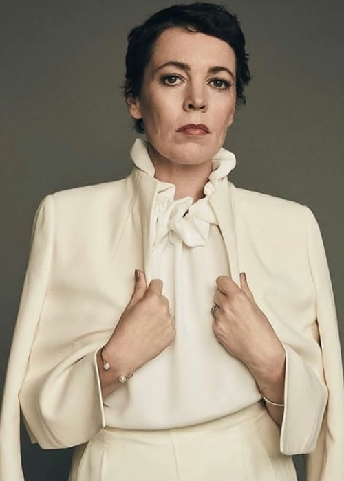 Olivia Colman posing for the camera