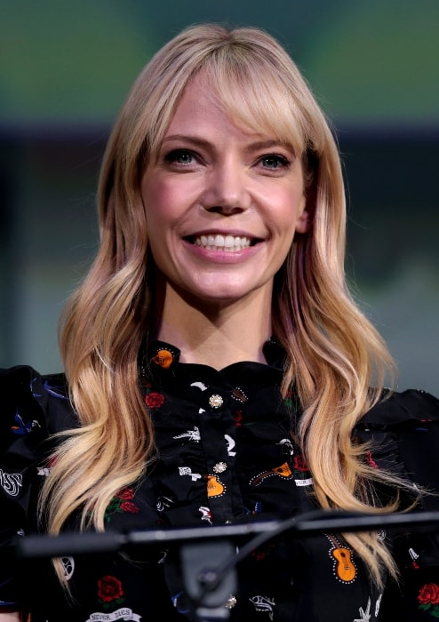 Riki Lindhome at the 2017 San Diego Comic-Con International